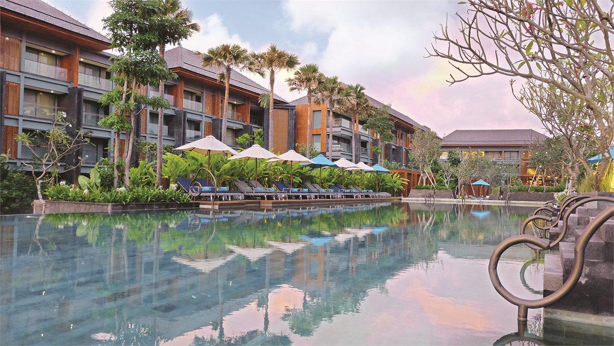 Bali Delights World Travellers Voucher Resort Four Seasons Resorts At Sayan Hotel Indigo Seminyak Beach