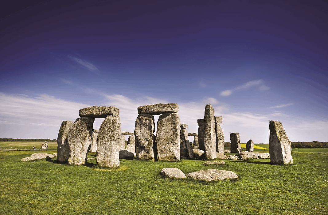 2 Day Stonehenge, Bath, Cotswolds & Oxford