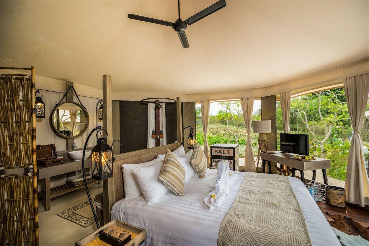 Blissful Bali World Travellers Voucher Hotel Garden Beach Resort Kuta Superior Room With Breakfast Menjangan Dynasty