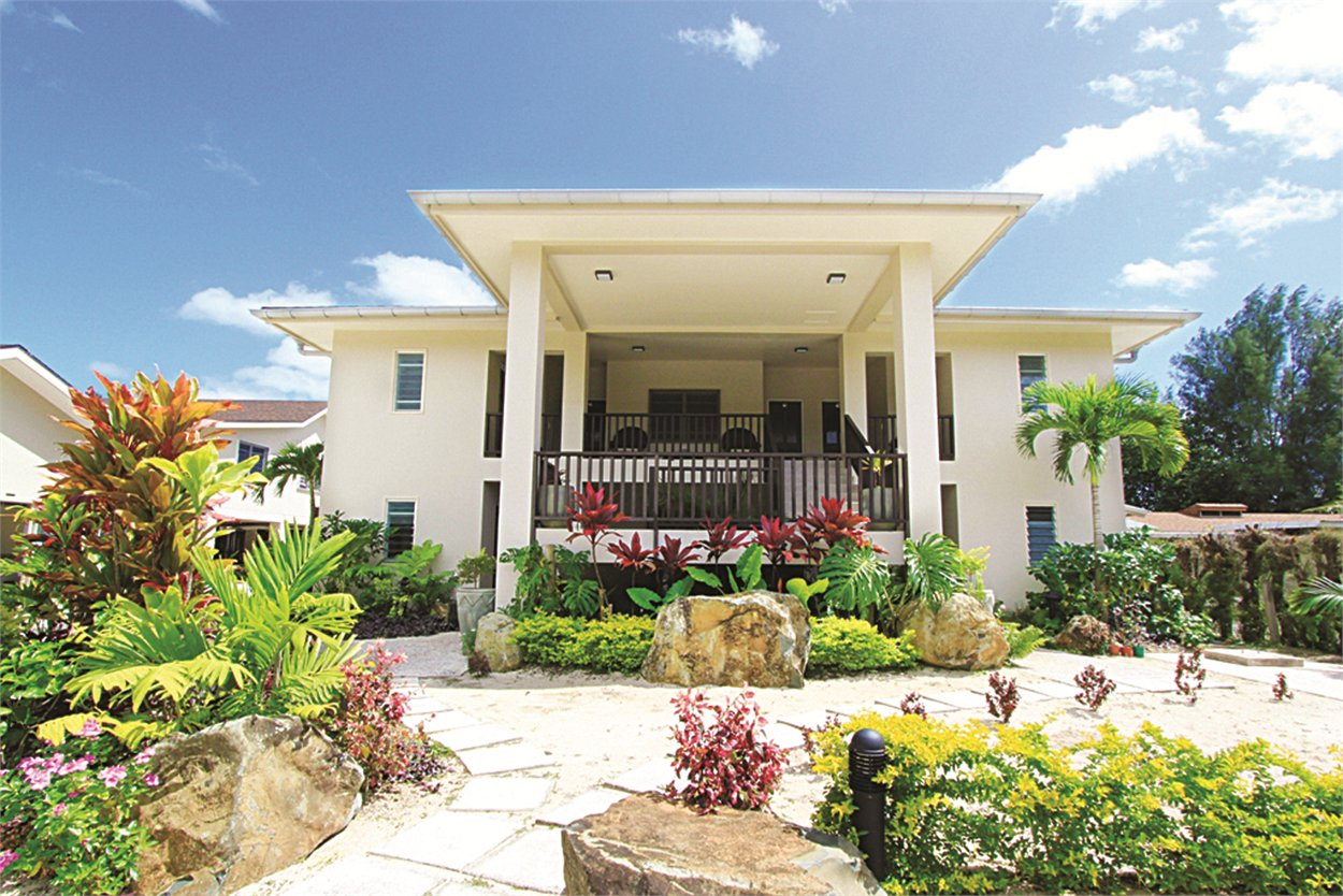 Moana Sands Beachfront Villas