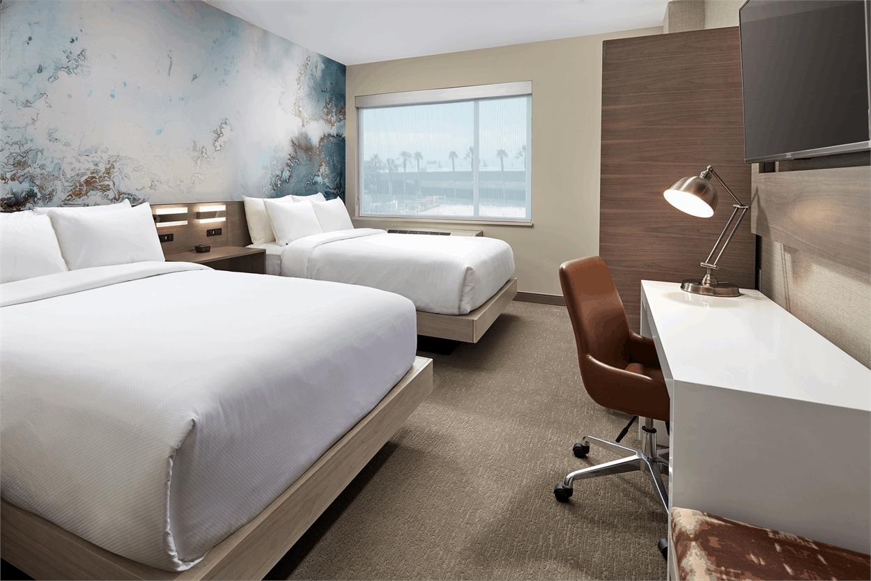 Cambria Hotel & Suites Anaheim